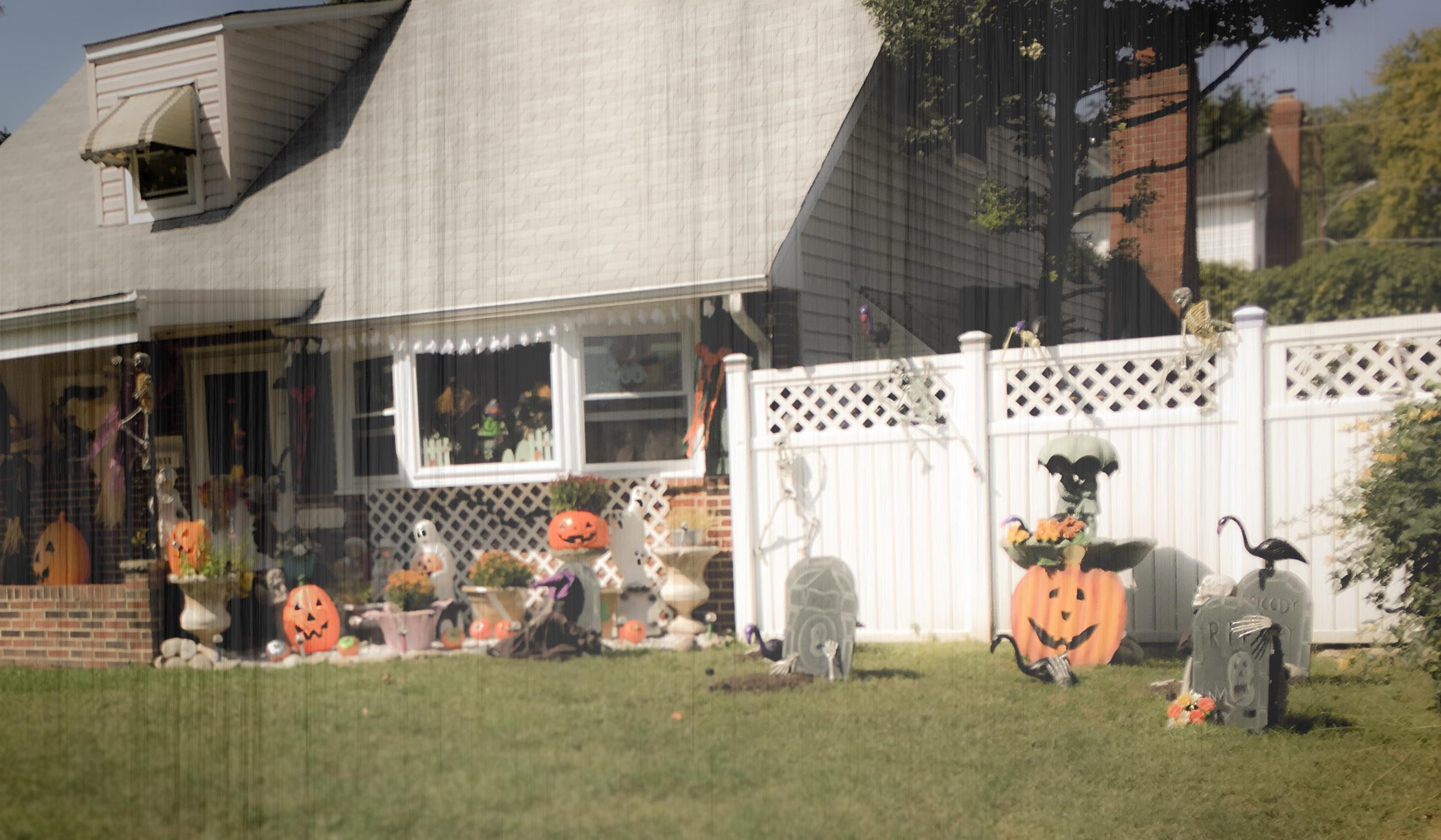 Halloween_Decoration-House_copy